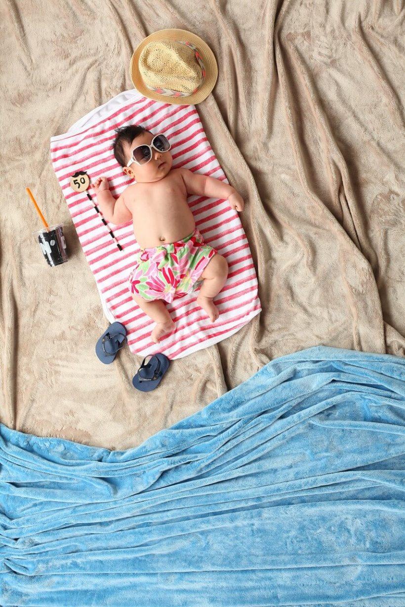 bebe-a-la-plage