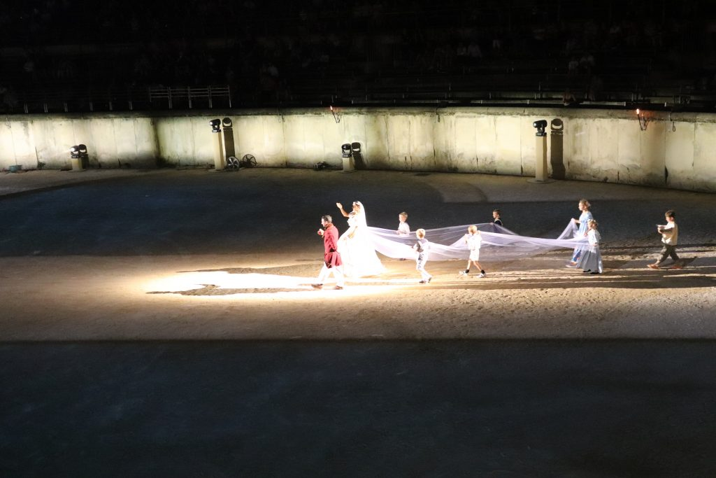 mariage-nimes-spectacle