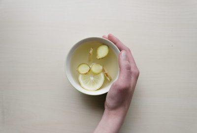 jeune-intermittent-jus-de-citron-gingembre