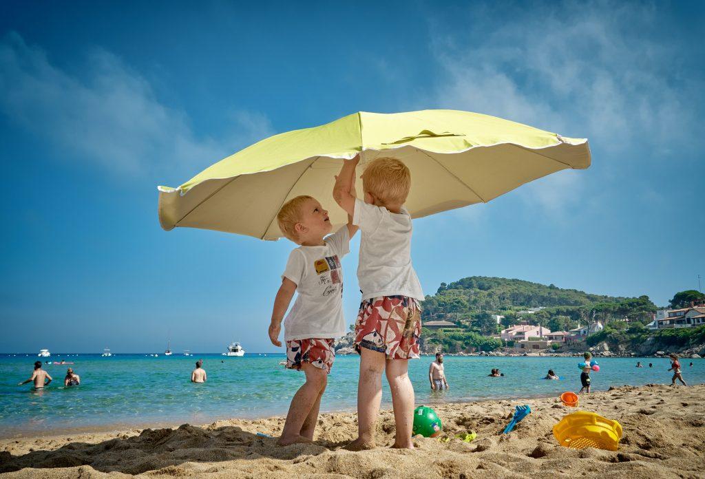 essentiels-plage-enfants