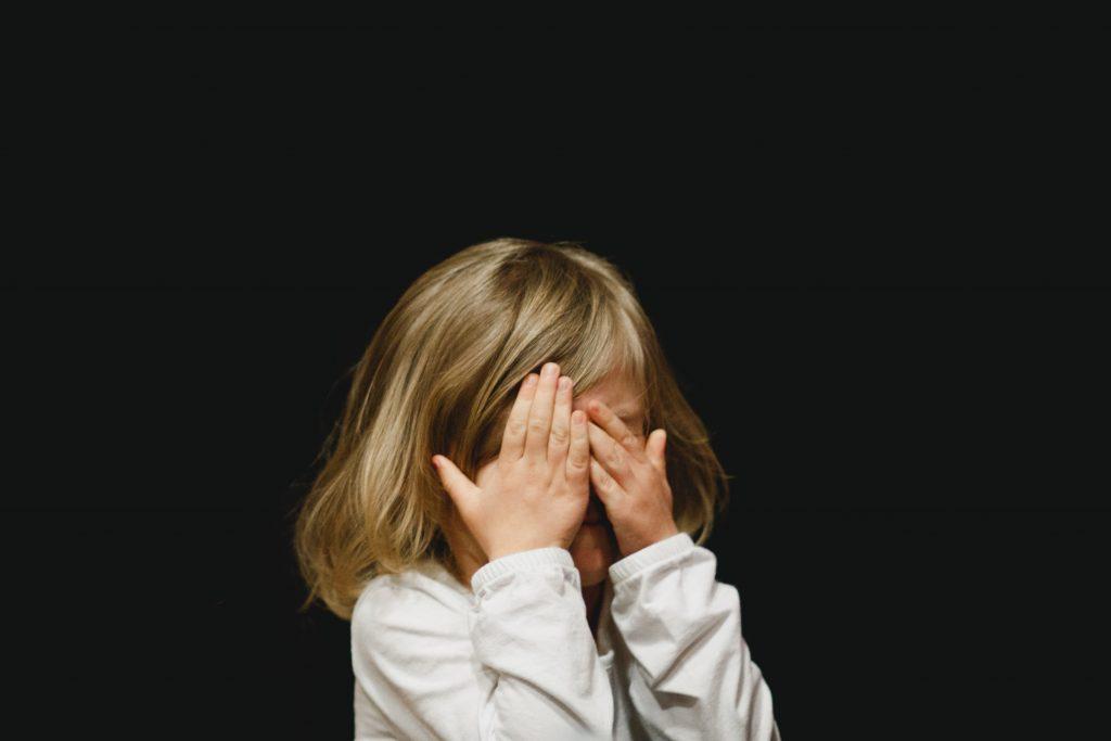 moins-crier-enfant
