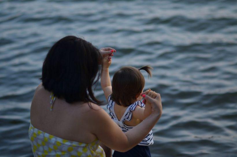 plage-enfants-maman