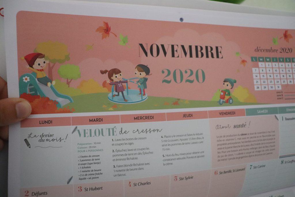 calendrier-mensuel-suspendre