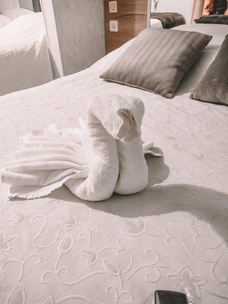 hotel-lacomanderie-chambre