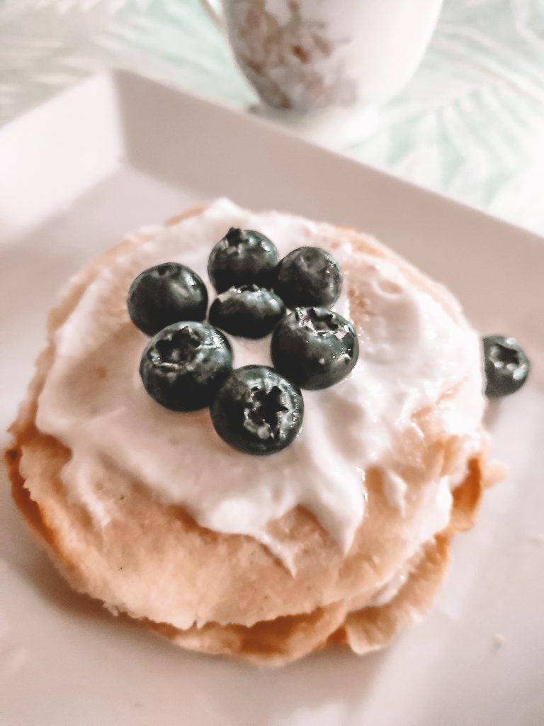 pancakes-myrtille