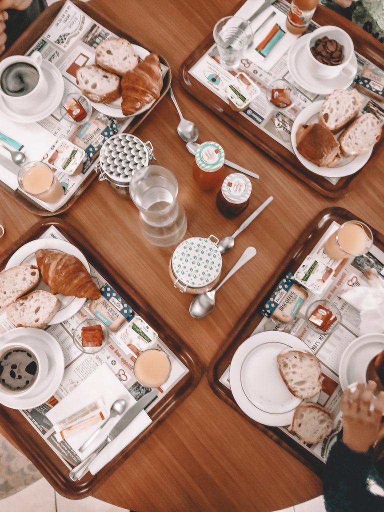 petit-dejeuner-revel